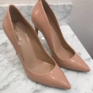 Aldo size 9 heels